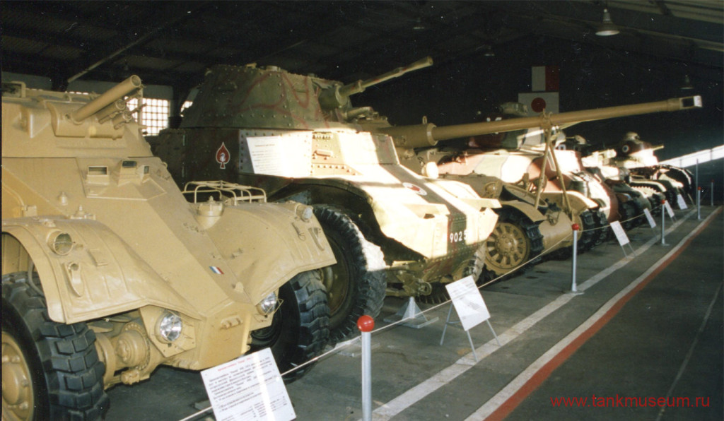 французские танки и бронеавтомобили