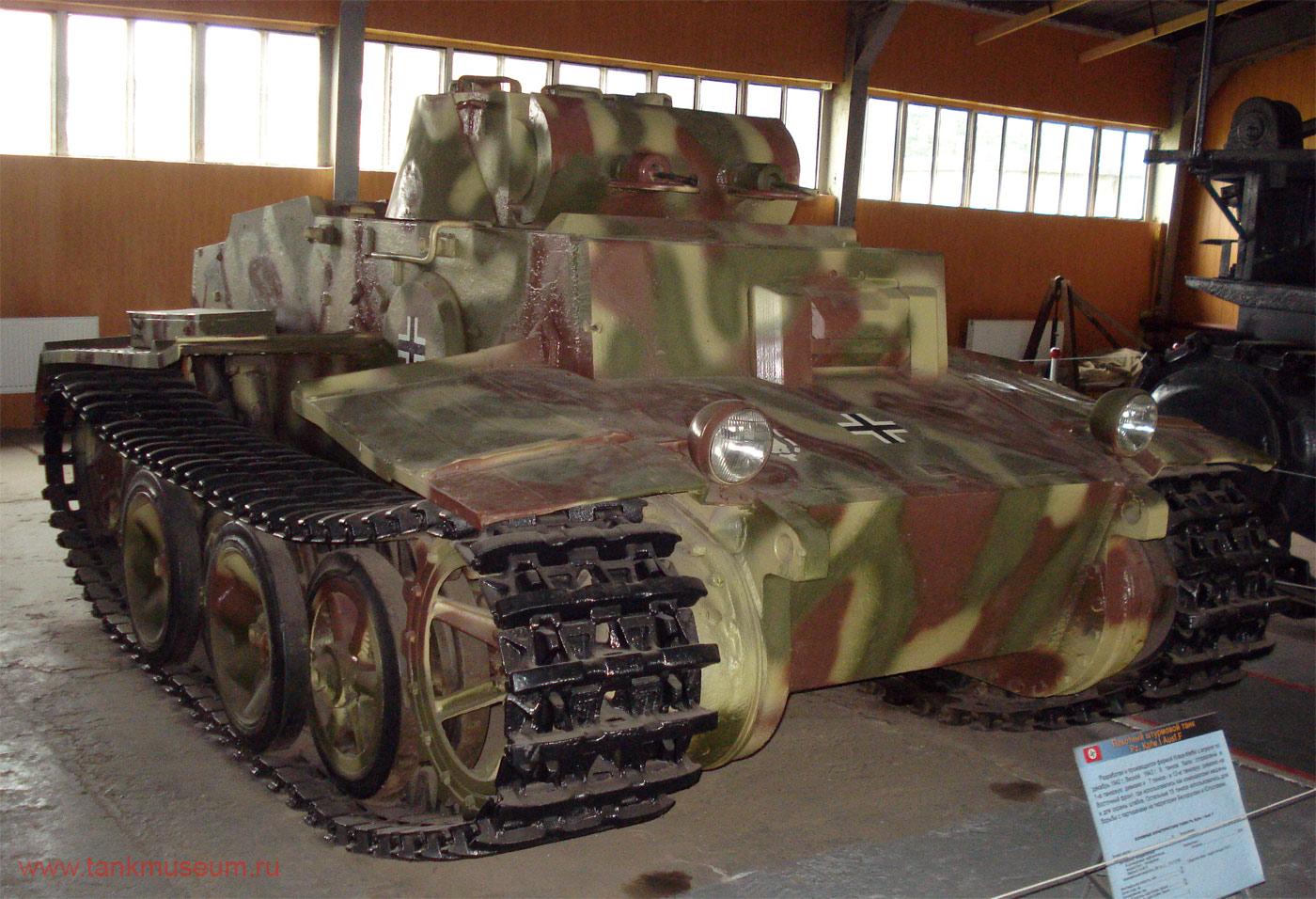 """Немецкий легкий танк Т-1f """"Медведь"""""""