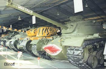 "American middle tanks M48A3 (N11), M46 ""Patton I"" M1948 (N10), M51HV ""Super-Sherman"" M1962 (N9)"