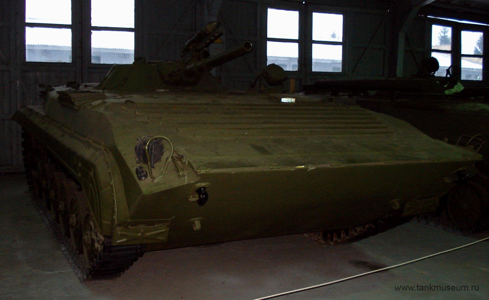 командирская боевая машина пехоты БМП-1К