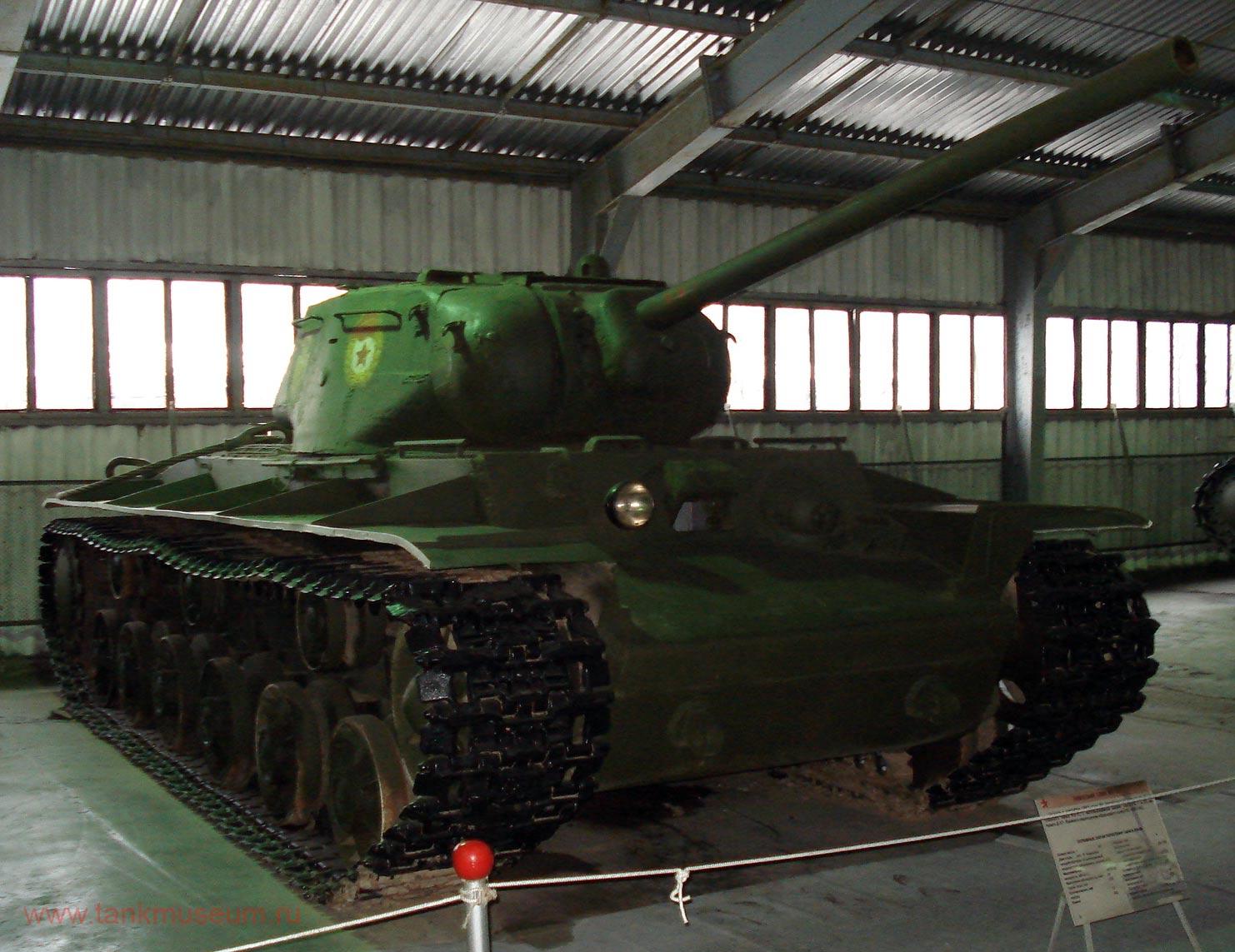 Советский тяжелый танк КВ-85, танковый музей Кубинка