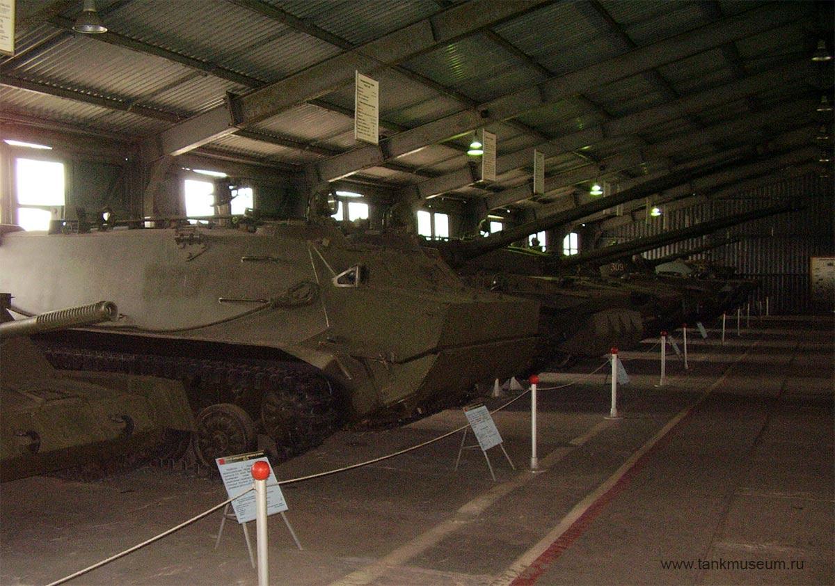 Советские легкие танки, самоходные установки, Боевые машины десанта и БТР-Д.