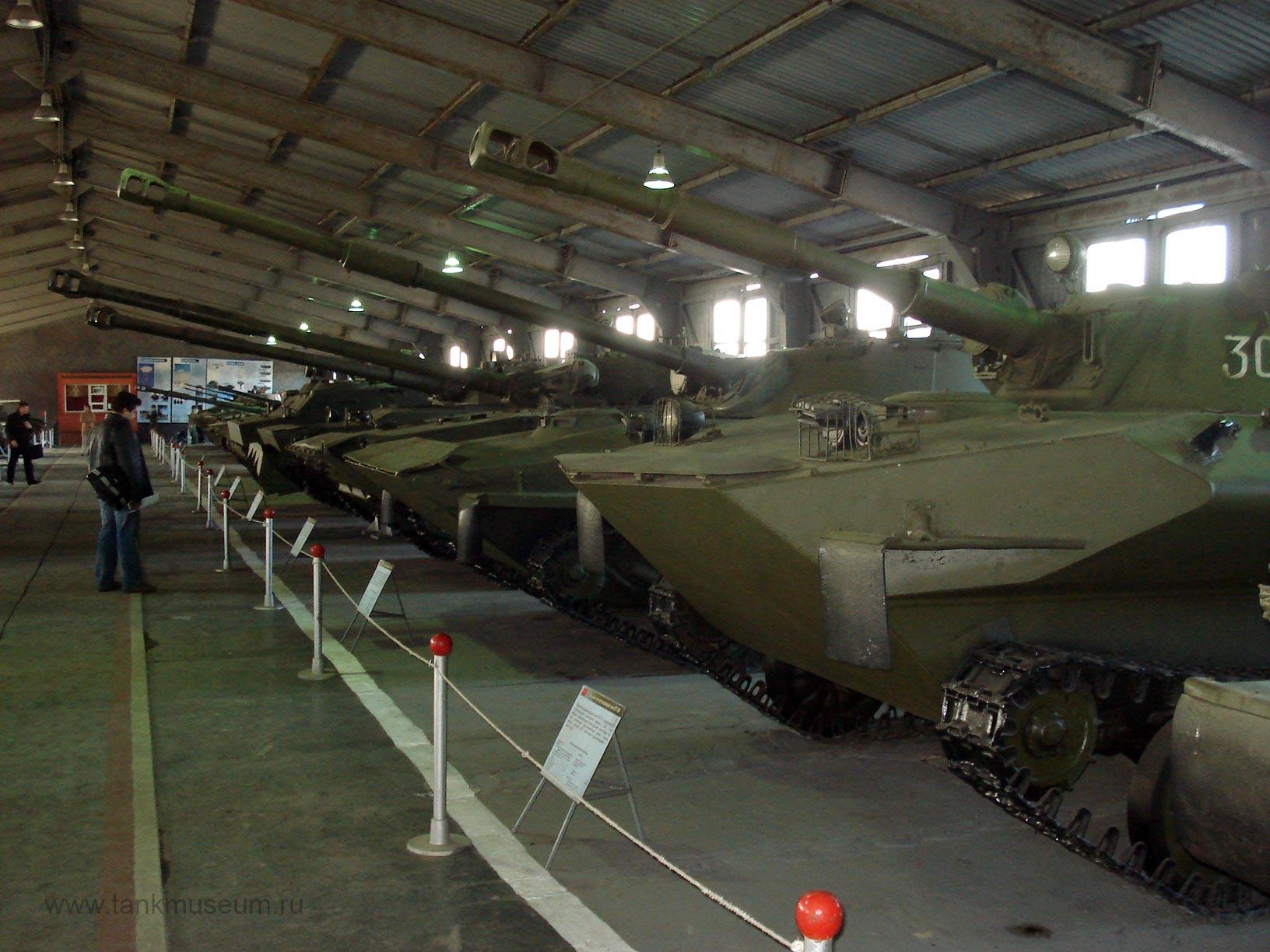 Советские легкие танки, самоходные установки, Боевые машины десанта и БТР-Д