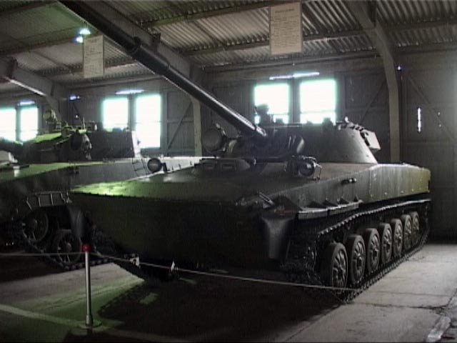 "Легкий плавающий танк ПТ-85 ""Объект 906"""